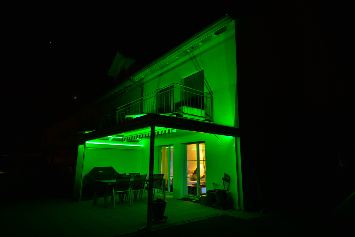 gartensitzplatz mit indirekter rgb led beleuchtung technikfreak. Black Bedroom Furniture Sets. Home Design Ideas